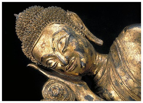 013b-Buda Reclinado-1600-1700-detalle-Tailandia-Copyright © 2011 Asian Art Museum