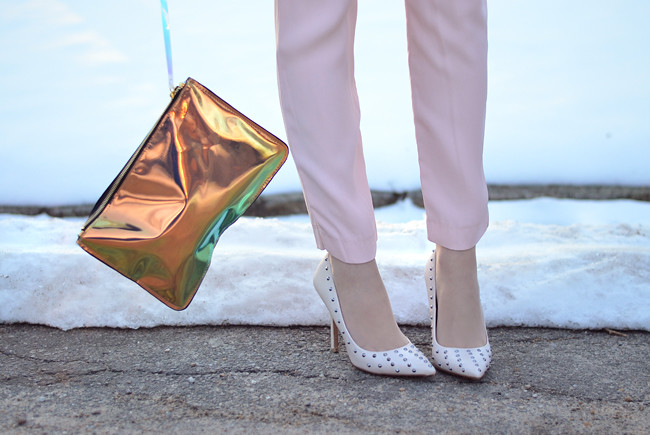 Pink pants white jumper metallic clutch outfit sunset 2