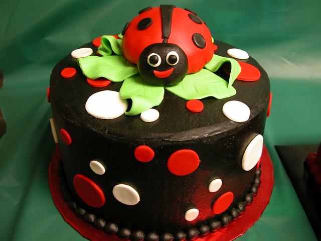 Ladybug Cake Pics