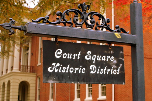 Court Square Historic District sign - Bolivar, TN