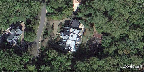 house claimed by Lamont Butler (via Google Earth)