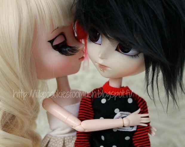 Chichiro hugs Edvard