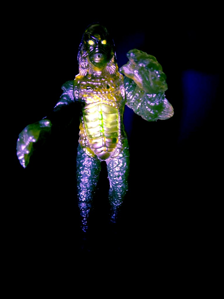 1997 burger king creature from the black lagoon universal monster toy figure