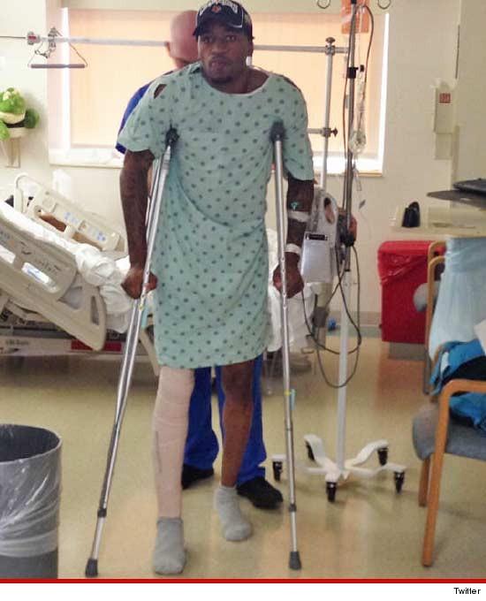 kevin-ware-crutches