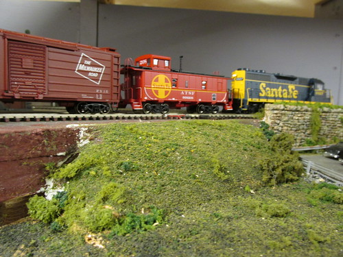 1970's era Santa Fe local freight passes by. by Eddie from Chicago