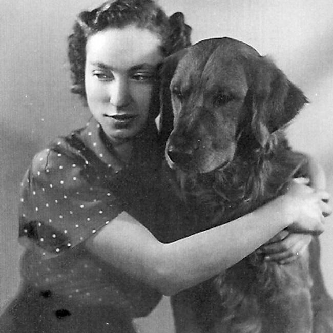 Mona-Inglesby-dog
