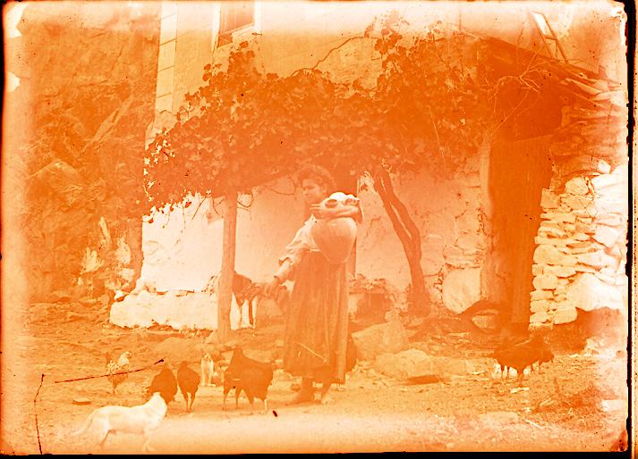 Parador del Macho. Fotografía de Pedro Román © Fondo Rodríguez. Archivo Histórico Provincial. JCCM. Signatura