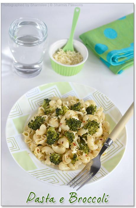 Pasta e Broccoli - Broccoli Pasta Recipe | Sharmis Passions
