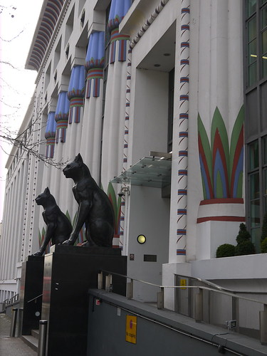 London art deco by Yekkes