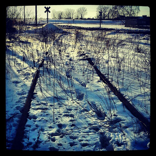 Walking through snow to shoot graff... Go figure #traintracks #rails #sunset #sunshine #snow #moresnowpictures #erie #eriepa #eriegram #weather