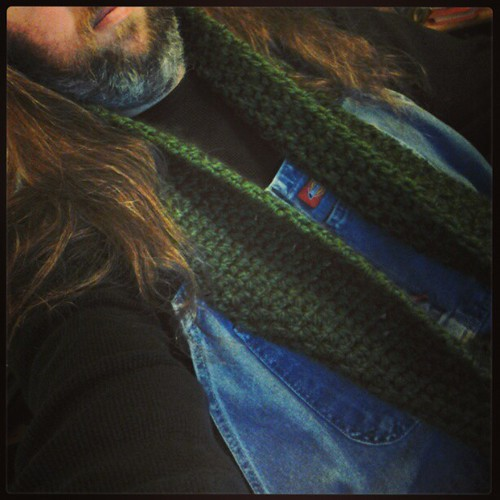 The Wife crocheted me a new scarf. Because she's awesome.