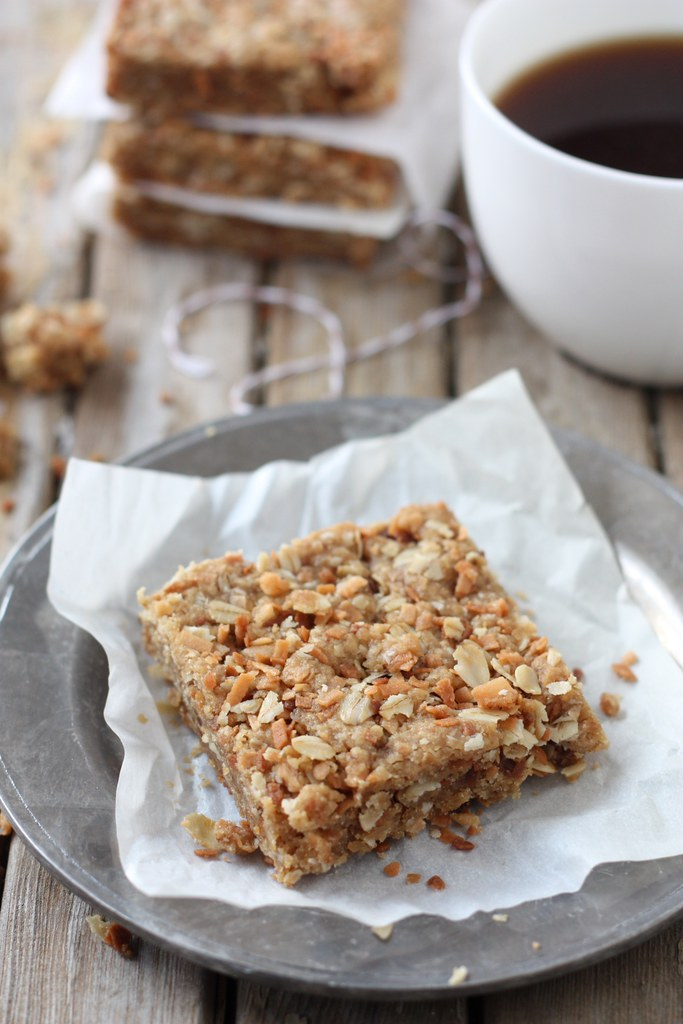 Coconut Oatmeal Bars