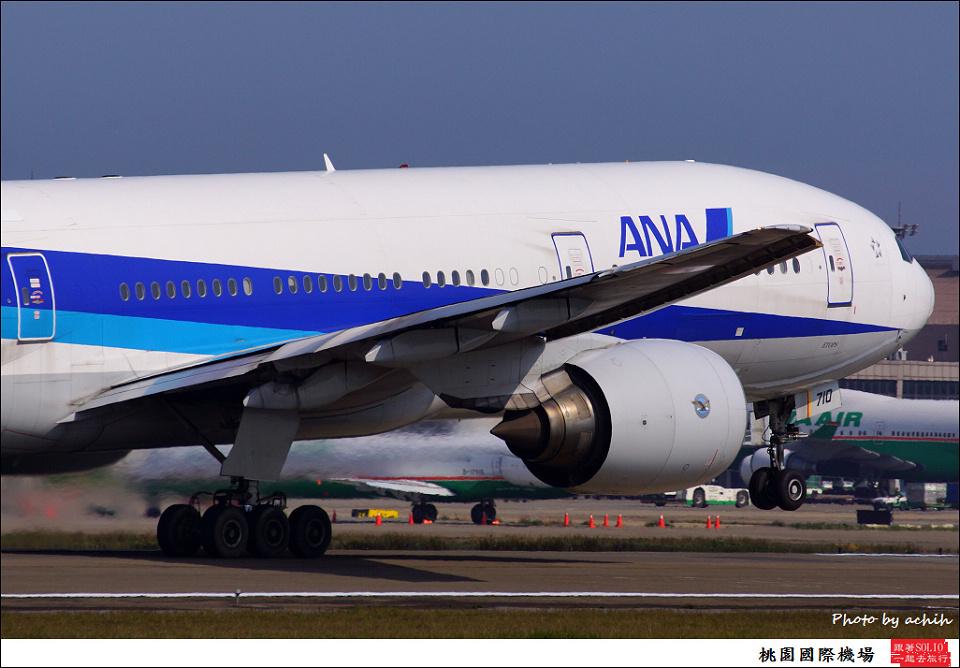全日空JA710A客機002