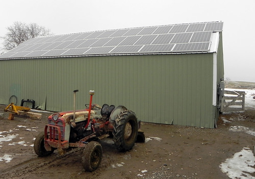 This solar array saves Kennington Farms in Oregon about $1,000 a month, and the farm sells excess electricity to the local utility.