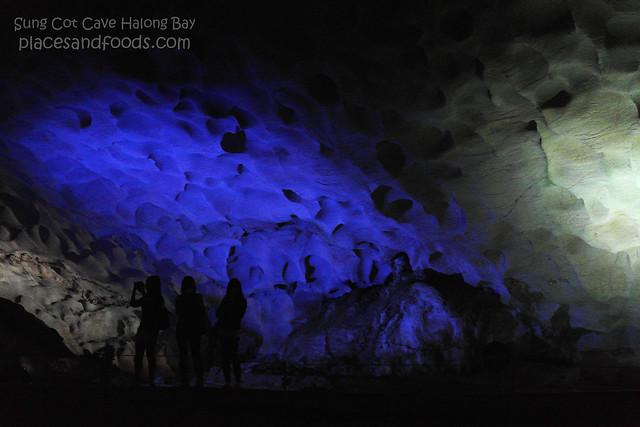 sung cot cave halong bay 5