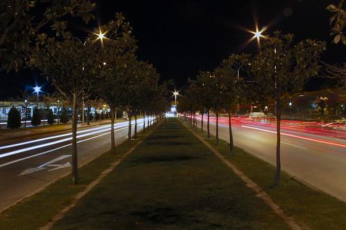 Βραδυνή βόλτα στην πόλη για φωτογράφηση... by Dimitris Amountzas