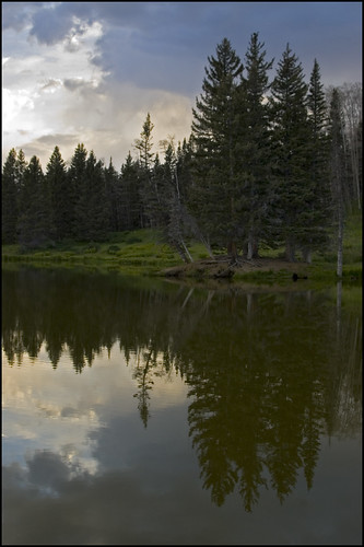 camping sunset lake newmexico reflection nm middle goldenhour canjilon