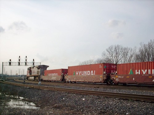 Westbound BNSF Railway intermodal container train passing through Hayford Junction.  Chicago Illinois.  March 2007. by Eddie from Chicago