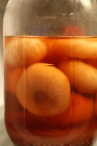 pickled onions by Rakka