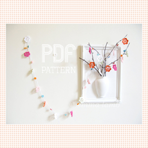 Pretty Peggy Garland PDF pattern, by Emma Lamb