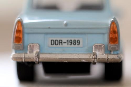 2013-04-08-macro trabant (2) by edufloortje