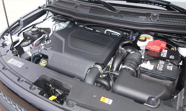 2013 Ford Explorer Sport 16