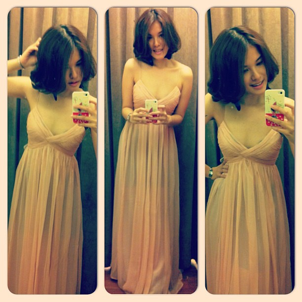 Trying out a dress from Mango. Loving it. And I can fit into size XS! #size2 #xs #sizexs #mango #mng #fashion #fashionaddict #dress #gala #ootd #lookoftheday #outfit #outfitoftheday