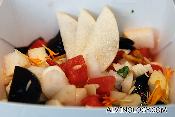 Asian Fusion - Authentic Chinese taste of nutritionally-accomplished ingredients, such as wolfberries and black fungus.