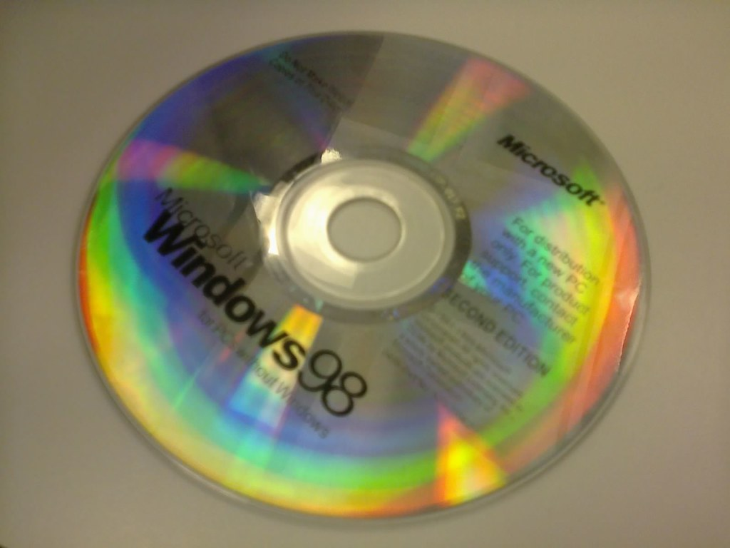 Photo0294 jpg | Windows 98 install CD | kevin | Flickr
