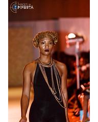 #naturalhair  #portraiture #fashion blogging  #portraits  #fashion #fashioninsta  #follow #follow4follow #fun  #Canon #canon5dmarkiii #thenaturalistahairshow #blackhair #chicnaturalistas @thenaturalistahairshow #imagesbycomfesta
