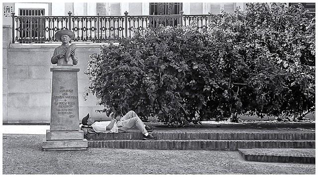 Hombre Durmiendo (Man Sleeping)