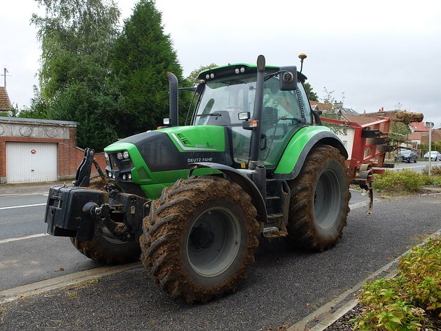 Tracteur DEUTZ-FAHR 6160 (2)