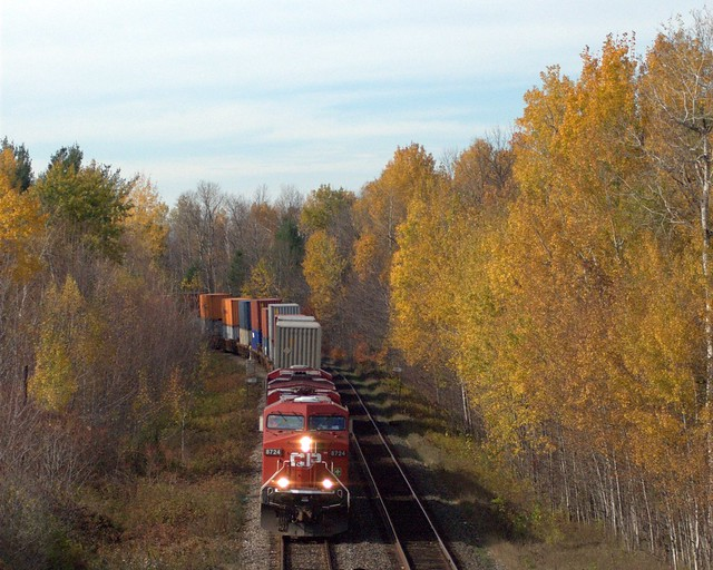 CP 116 CP 8724 and 8813 mile 100 Wincester Subdivision near Bedell (Kemptville), Ontario Canada 10262007 ©Ian A. McCord