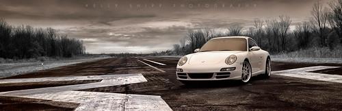 Porsche 997 on runway #36