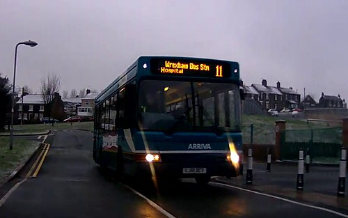buses wales pointer dennis dart 916 arriva mpd wrexham plaxton lj51dcv