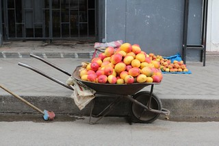 The wheelbarrows of the street vendors...