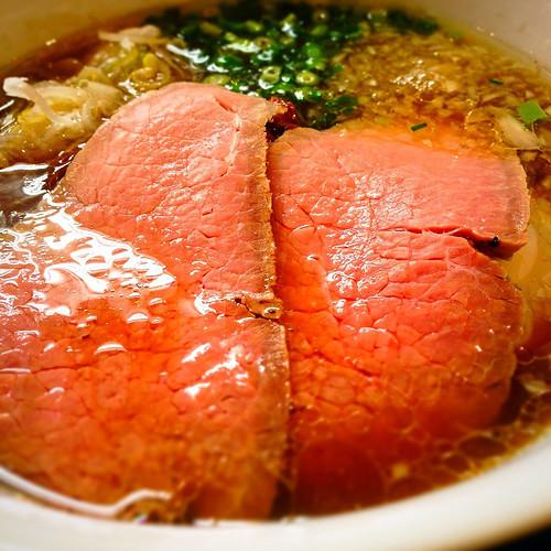 贅沢焼牛らぁ麺
