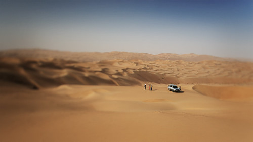 sky people car sand desert dunes uae middleeast dunebashing emptyquarter rubalkhali catalinmarin momentaryawecom