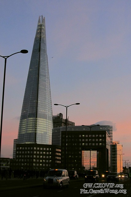 Shard evening view in sunset with london black & white cabs on London Bridge, UK IMG_1103
