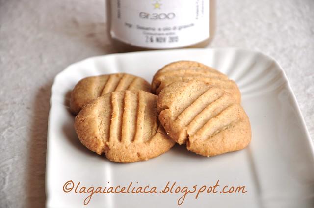 tahine cookies (Y. Ottolenghi)