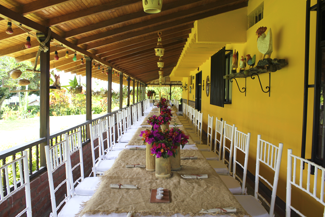 Colombian finca wedding