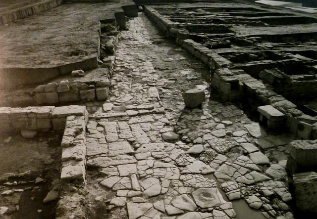 Calle empedrada.(Obvlco, 1989)