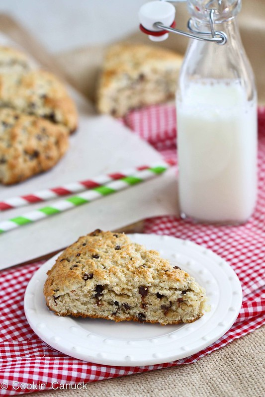 Healthy(er) Scones Recipe with Chocolate & Crystallized Ginger #recipe #baking