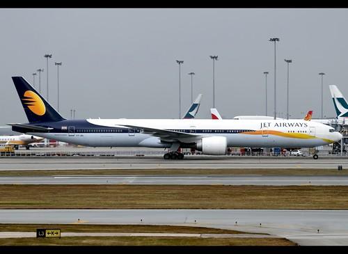 B77W - Boeing 777-35R(ER)