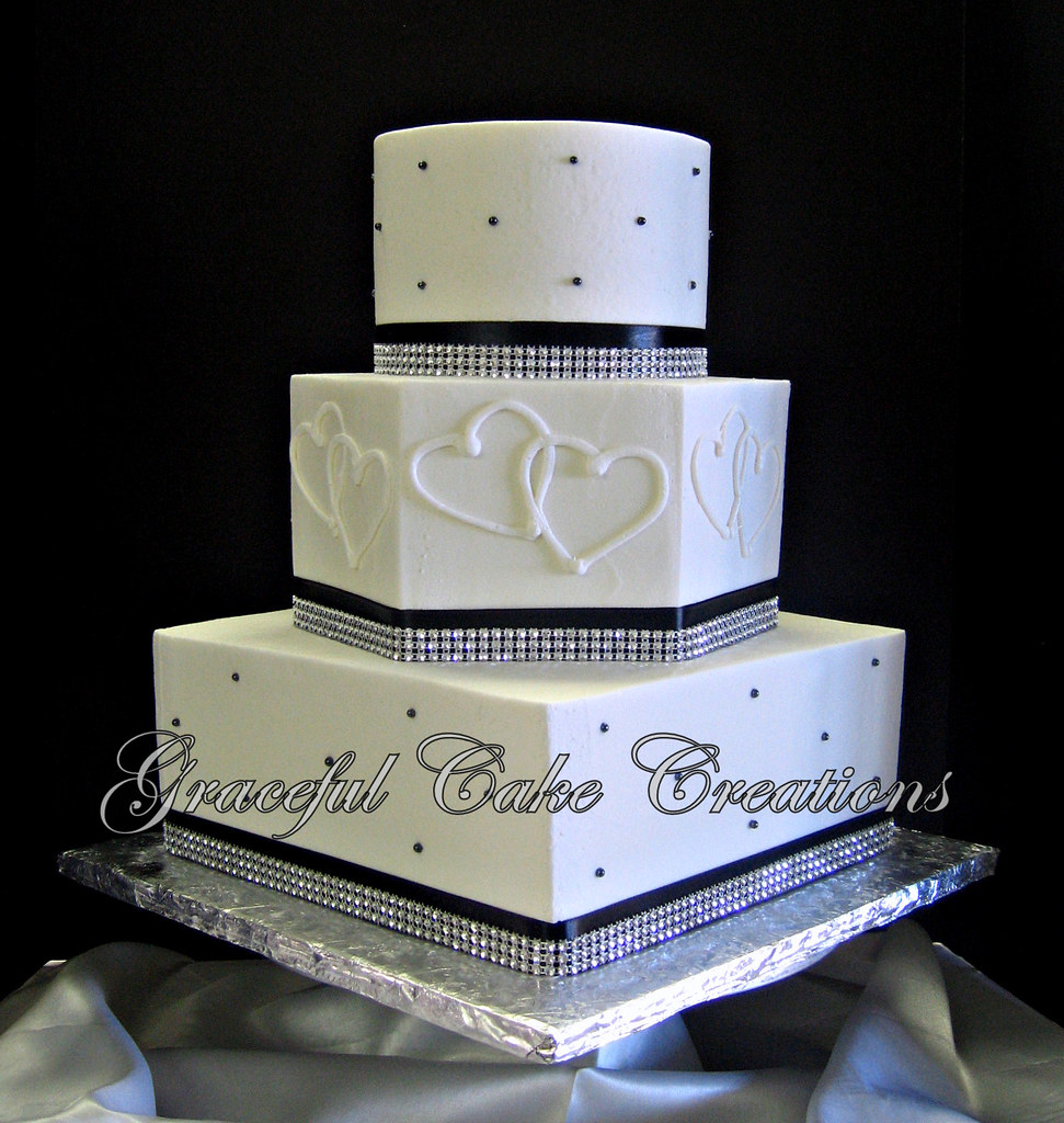 2020 Other Images Black And White Wedding Cakes With Bling