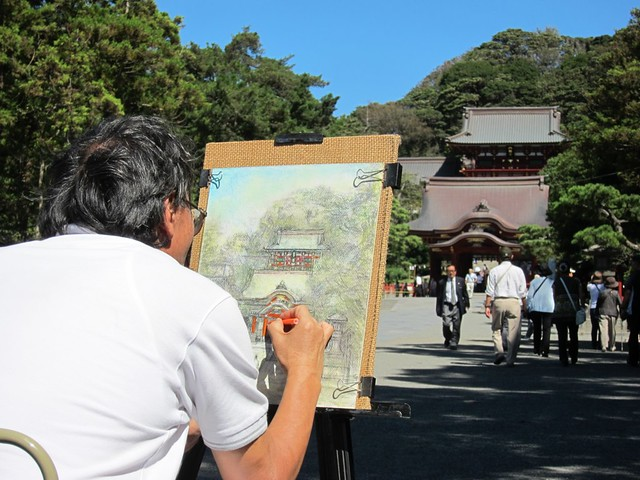 Sketching the Hachiman Shrine