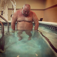 the pool was chilly so i tried the hottub, but the jets were broken. if there were gonna be any bubbles, i'd need to start farting...