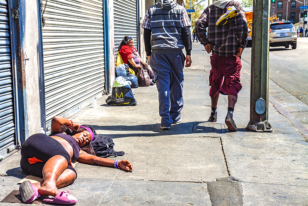 Skid-Row--Los-Angeles-2