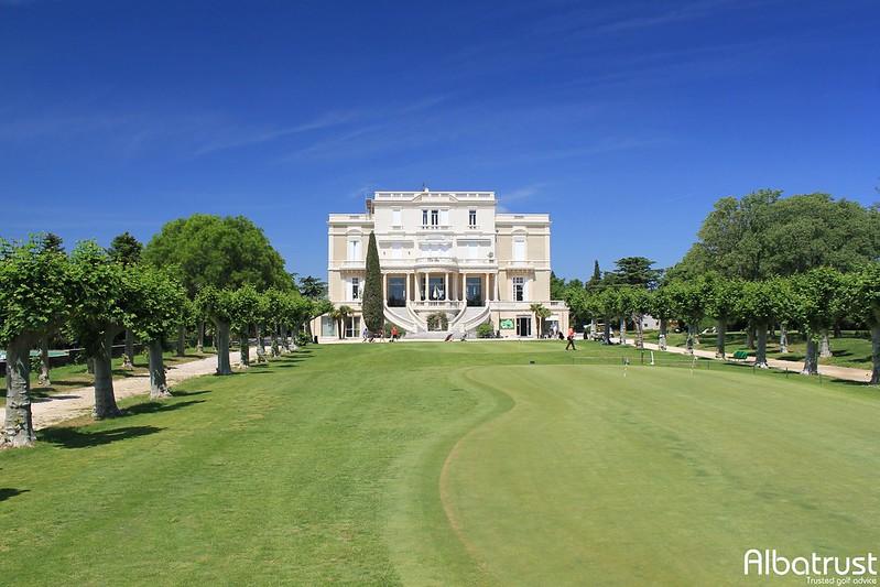photo du golf Golf Club de Nîmes Campagne - Club House - ProShop
