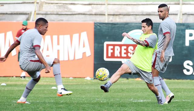 Fluminense: Técnico repete formação em último treino antes de viagem a Recife